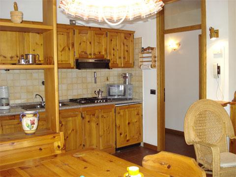 Bilder Ferienhaus Sostra_Domaso_35_Kueche in Comer See Lombardei