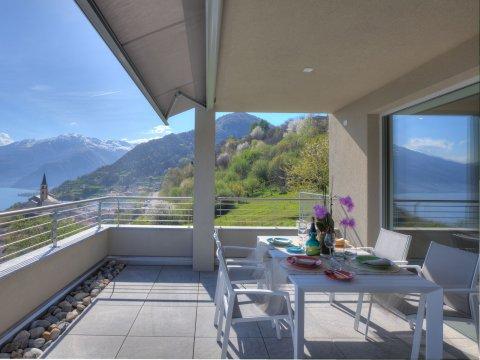 Bild von ferienhaus am Comersee Valarin_Como_Vercana_10_Balkon