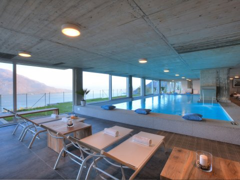 Bilder Ferienhaus Valarin_Firenze_Vercana_15_Pool in Comer See Lombardei