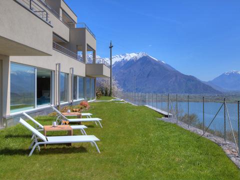 Bilder Wellness Ferienwohnung Comer See Valarin_Firenze_Vercana_20_Garten in Lombardei