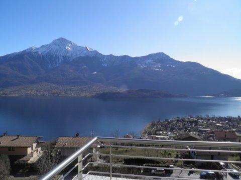 Lago di Como immagine di Alloggio di benessere a Vercana