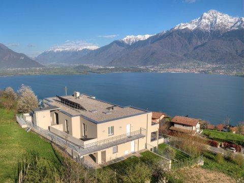 Bilder Wellness Ferienwohnung Comer See Valarin_Firenze_Vercana_56_Haus in Lombardei