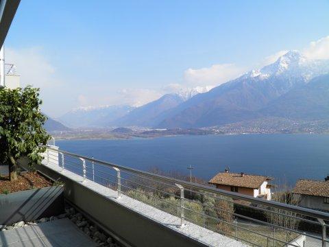 Bilder Ferienwohnung Valarin_Milano_Vercana_25_Panorama in Comer See Lombardei