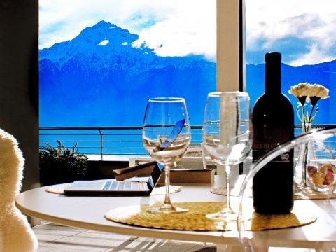immagine della casa vacanza Valarin_Napoli_Vercana_10_Balkon