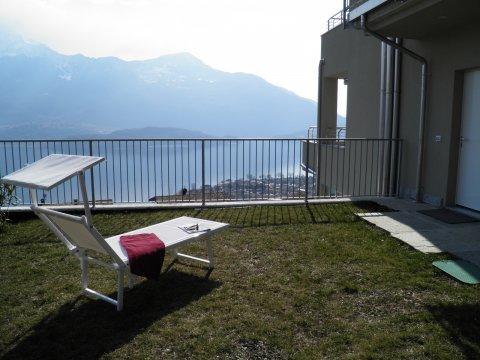 Bilder Ferienwohnung Valarin_Roma_Vercana_20_Garten in Comer See Lombardei
