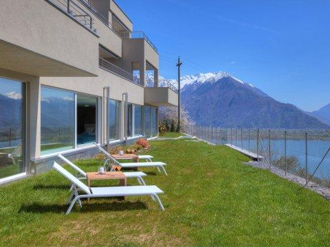 Bilder Wellness Ferienwohnung Comer See Valarin_Verona_Vercana_20_Garten in Lombardei