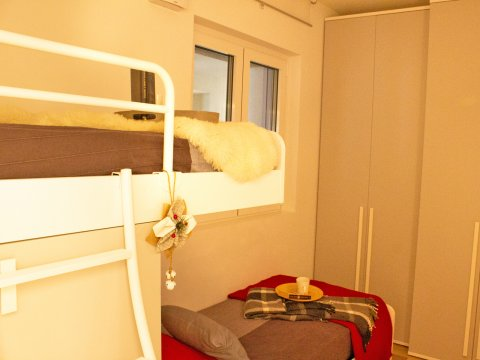 Bilder Wellness Ferienwohnung Comer See Valarin_Verona_Vercana_45_Schlafraum in Lombardei