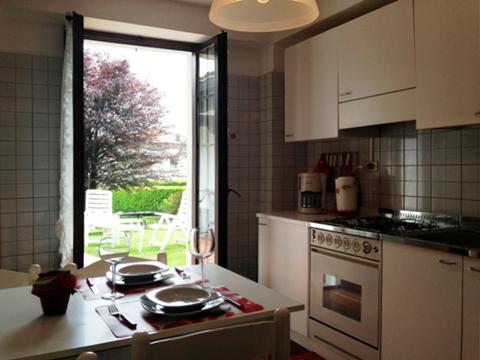 Bilder Ferienwohnung Veronica_Gravedona_35_Kueche in Comer See Lombardei