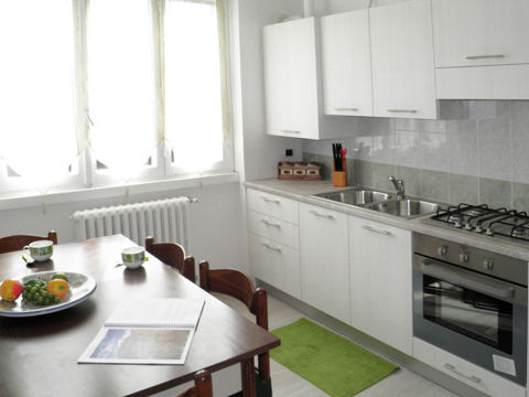 Bilder Ferienwohnung Vista_Vercana_35_Kueche in Comer See Lombardei