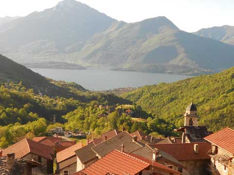 Picture of Lake Como guide and tourist informations about Dosso del Liro