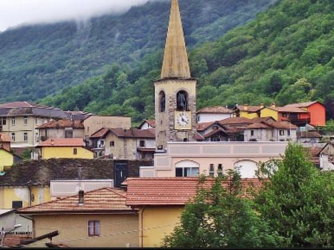 Foto di Guida turistica a Casale Corte Cerro e appartamenti in affitto