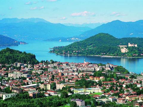 Immagini di Case vacanza e guida turistica a Verbania