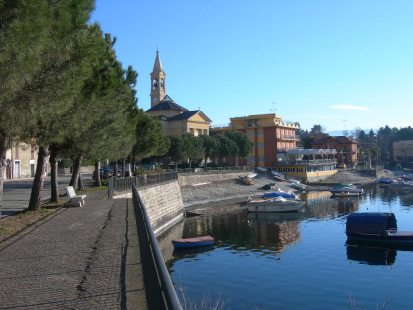 Picture of Lake Como guide and tourist informations about Lesa