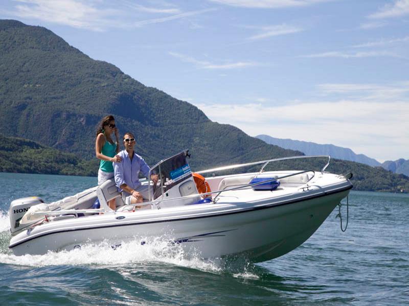 01_Top_Motorboot