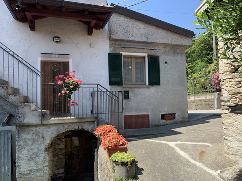 Bild von Ferienhaus in Italien Lake Como Holiday home in Livo Lombardy