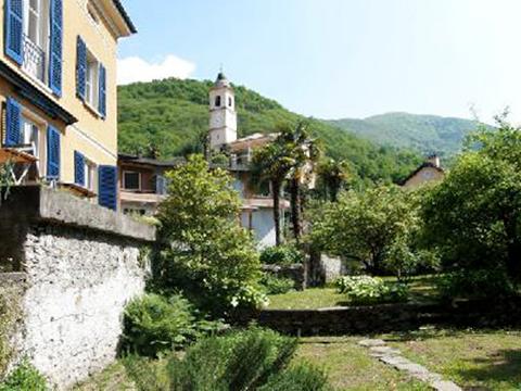 Bild von Ferienhaus in Italien Lake Maggiore Vakantiehuis in Pino Piemont
