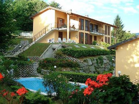 Bild von Ferienhaus in Italien Lago Maggiore Ferienwohnung in Pino Piemont