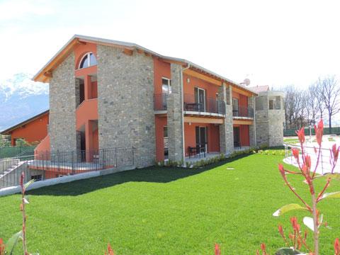 Bild von Ferienhaus in Italien Comer See Ferienanlage für Familien in Gravedona Lombardei