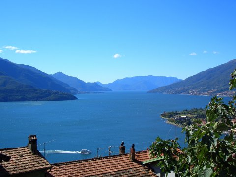 Bild von Ferienhaus in Italien Lake Como Holiday home in Gravedona Lombardy