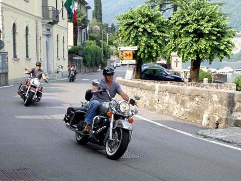 Motorrad,  Scooter oder Vespa mieten