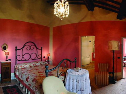 Bilder von Florenz Ferienwohnung Abbadia_Montepulciano_40_Doppelbett-Schlafzimmer