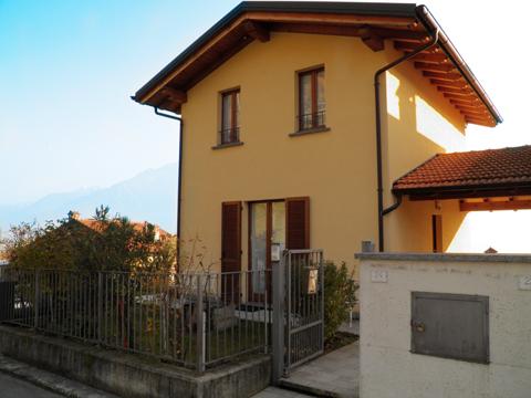 Bilder von Comer See Ferienhaus Ai_Ronchi_Gravedona_55_Haus