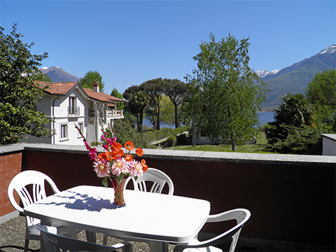 Bilder von Comer See Ferienwohnung Al_Lago_Domaso_10_Balkon