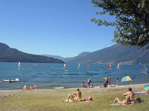 Bilder von Comer See Ferienwohnung Al_Lago_Domaso_65_Strand