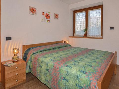 Bilder von Comer See Ferienwohnung Al_Verde_Colico_40_Doppelbett-Schlafzimmer