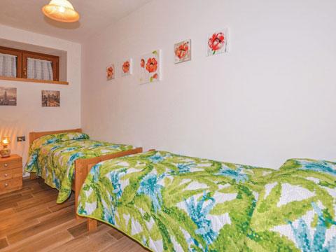 Bilder von Lac de Côme Appartement Al_Verde_Colico_45_Schlafraum