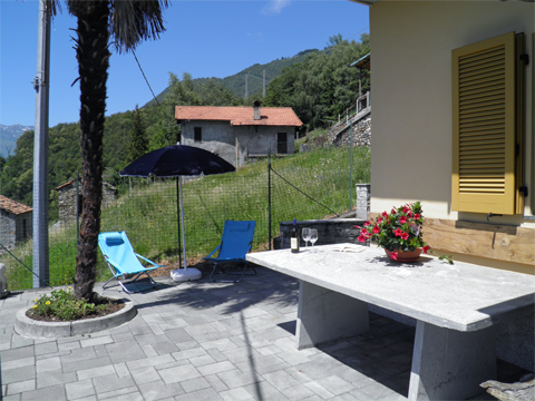 Bilder von Lake Como Apartment Alan__11_Terrasse