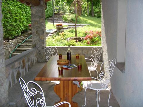 Bilder von Comer See Ferienhaus Alessia_Rezzonico_11_Terrasse