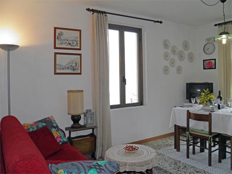 Bilder von Comer See Ferienwohnung Alla_Spiaggia_Pianello_del_Lario_30_Wohnraum