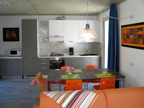 Bilder von Comer See Ferienhaus Alle_Torri_Colico_35_Kueche