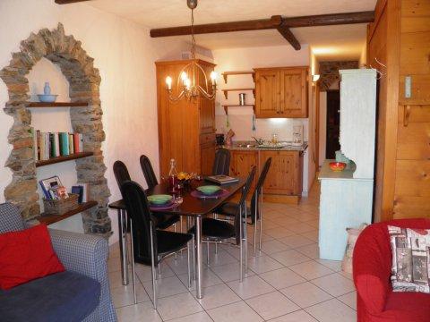Bilder von Lago di Como Appartamento Amarone_Gravedona_40_Doppelbett-Schlafzimmer