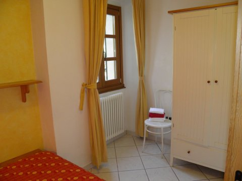Bilder von Lago di Como Appartamento Amarone_Gravedona_45_Schlafraum