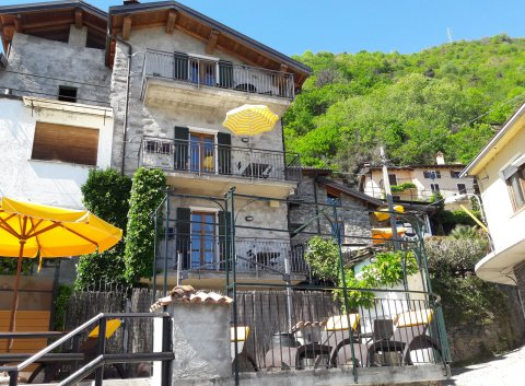 Bilder von Lake Como Apartment Amarone_Gravedona_51_Bad