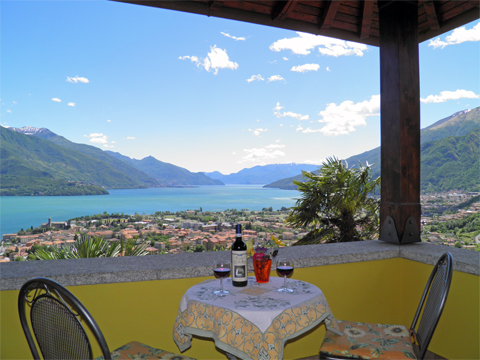 Bilder von Comer See Ferienwohnung Aneris_Gravedona_10_Balkon