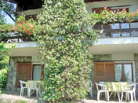 Arizzano_Terzo_5322_Arizzano_10_Balkon