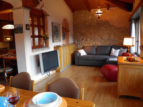 Bilder von Comer See Villa Arosa_Domaso_30_Wohnraum