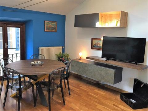 Bilder von Lago di Como Appartamento Barbagialla_Como_30_Wohnraum
