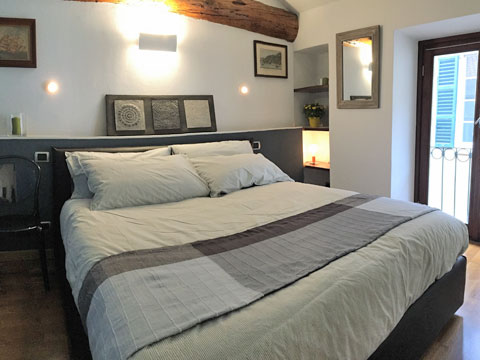 Bilder von Comer See Ferienwohnung Barbagialla_Como_40_Doppelbett-Schlafzimmer