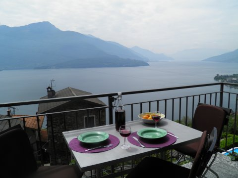 Bilder von Comer See Ferienwohnung Barolo_Gravedona_26_Panorama