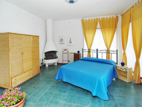 Bilder von Sicile North Coast Villa Bella_Vista_30__40_Doppelbett-Schlafzimmer