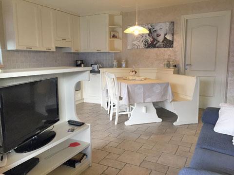 Bilder von Comer See Ferienwohnung Bella_Vista_Primo_Vercana_30_Wohnraum