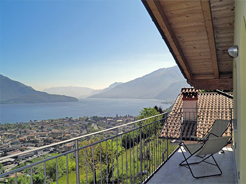 Bilder von Lac de Côme Appartement Bella_Vista_Secondo_Vercana_11_Terrasse