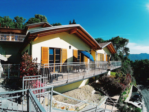 Bilder von Lago Maggiore Ferienhaus Bellissime_Secondo_821_Bassano-Tronzano_55_Haus