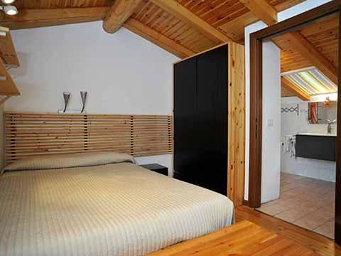 Bilder von Comer See Ferienwohnung Bianca_Bellagio_40_Doppelbett-Schlafzimmer