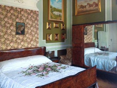 Bilder von Lac Majeur Appartement Binda_496_Stresa_40_Doppelbett-Schlafzimmer
