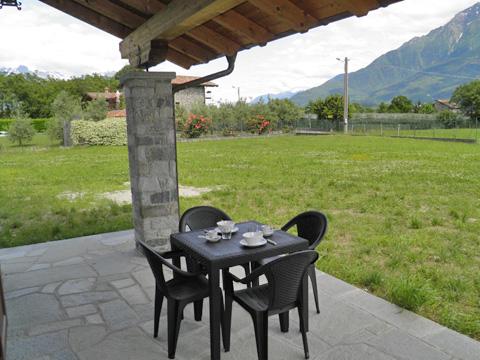 Bilder von Lago di Como Appartamento Ca_Gio_Al_Borg_Primo_Gravedona_11_Terrasse